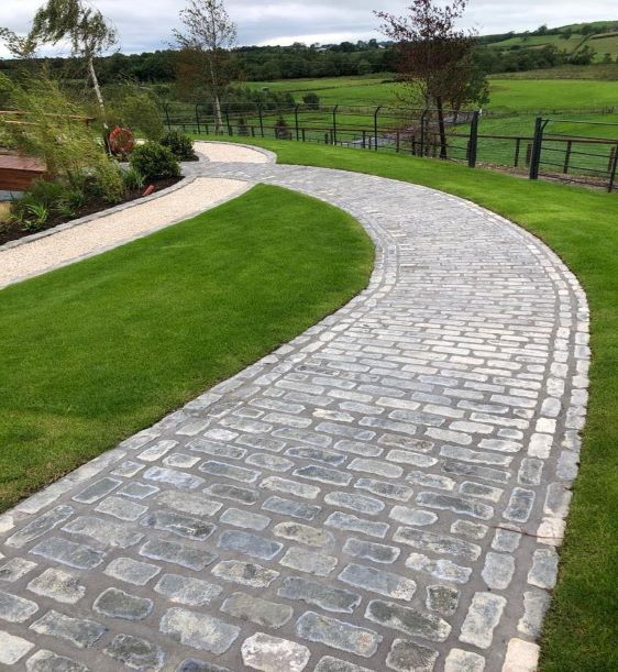 Cobbles and Granite Setts